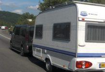 maximum snelheid met aanhanger caravan vouwwagen europa