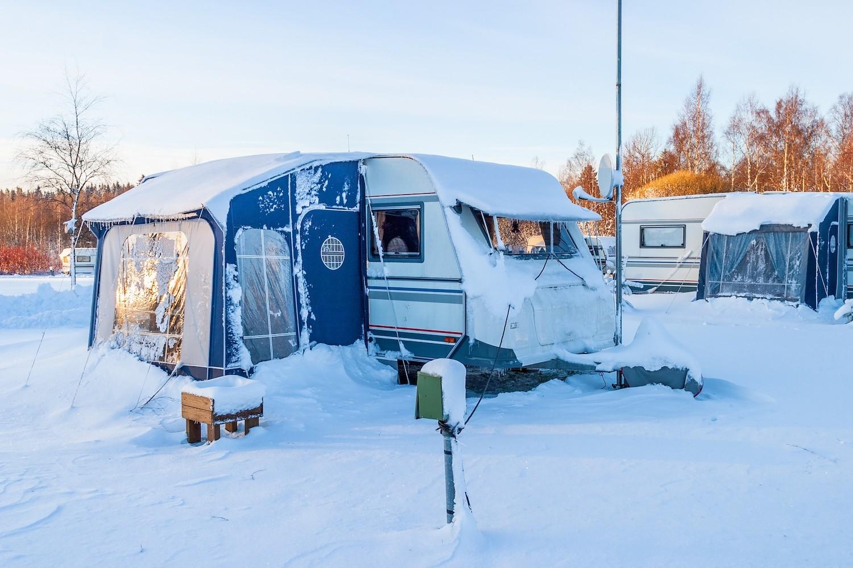 Waarom steeds meer mensen in de winter kamperen   NU Het