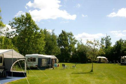 Camping Het Veldhoentje