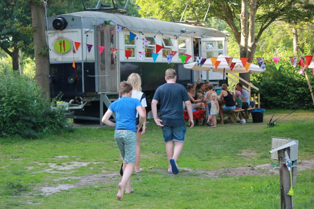 Camping dijk meer 1