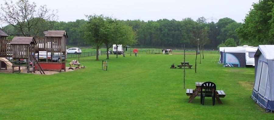 Mini Camping Uitgerust ligt aan de rand van natuurgebied 'De Maashorst'