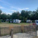 Verschillende velden op de camping