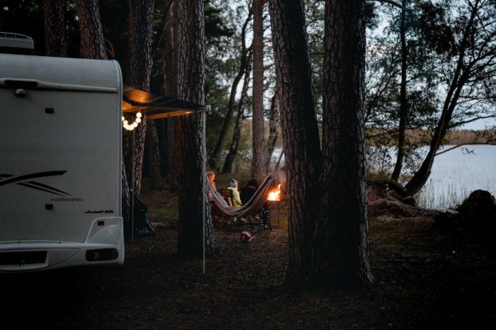 Nu ook caravans, campers en vouwwagens op viaBOVAG.nl
