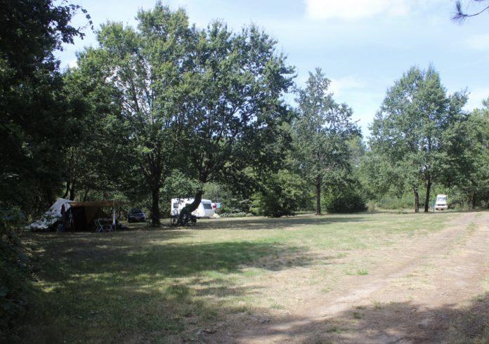 Camping Au Chêne Vert voor rustzoekers en natuurliefhebbers