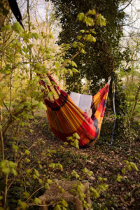 In het bos vind je hangmatten