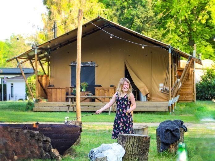 Kamperen in luxe safaritenten op Landal Gooise Heide