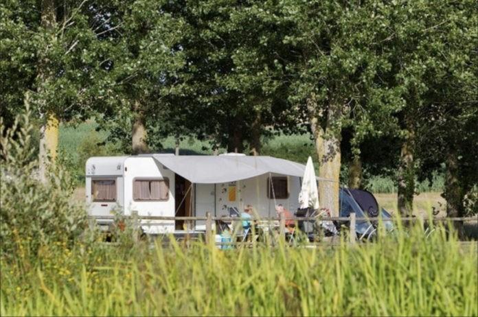 Camping Château de Lez Eaux een prachtige 5 sterren camping