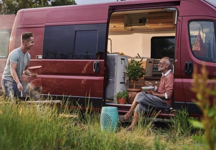 Jonge camperbouwer uit Groningen slaat de handen ineen met grote autodealer